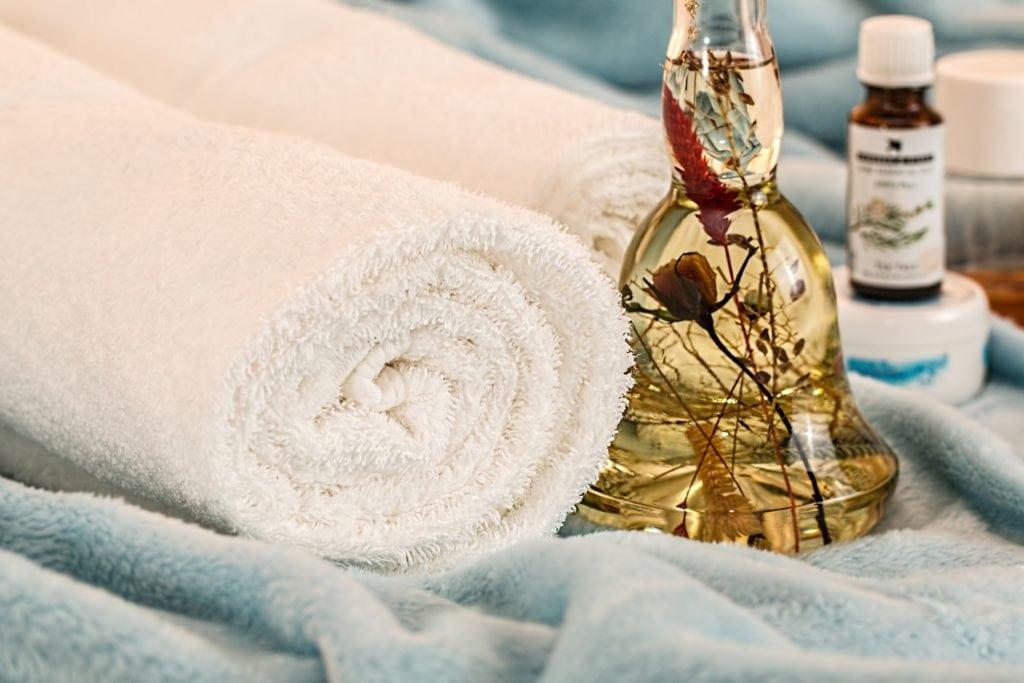 Nous préconisons l'huile pour certains massages.