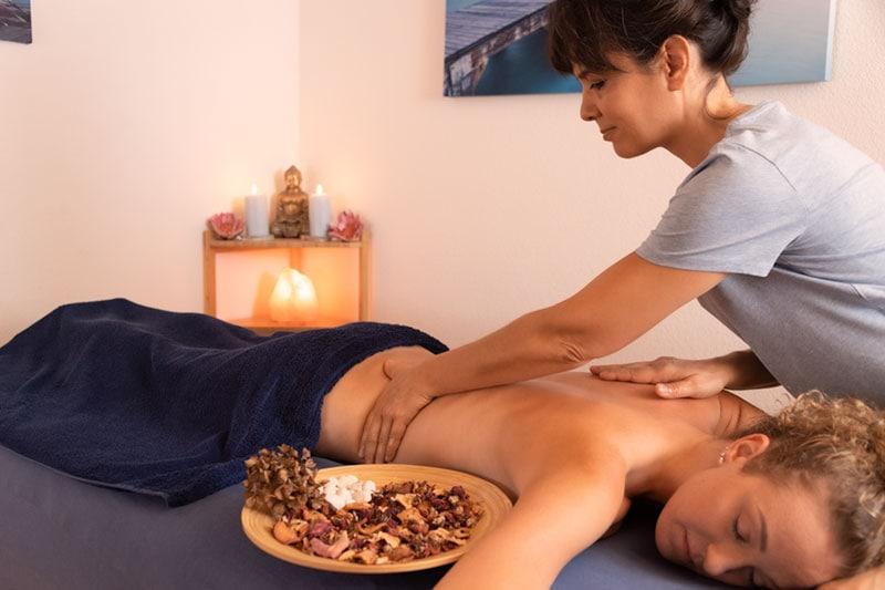 Le massage relaxant, votre moment douceur à vous !