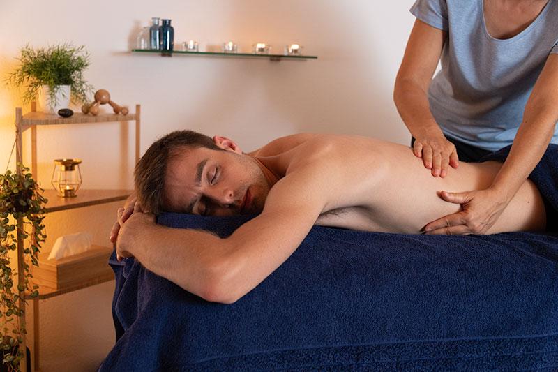 Massage suédois, dit classique, le bon moyen pour détendre la musculature et relâcher le système nerveux